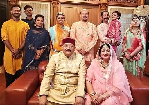 mohena kumari family