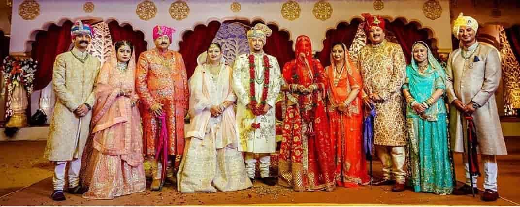 Satpal maharaj family
