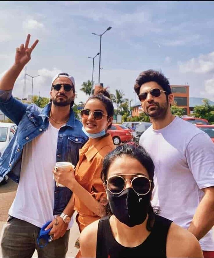 Aly Goni with friends on vacations after unlockdown.