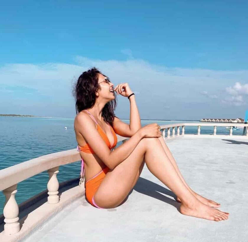Rakul Preet is enjoying sunny day in Maldives