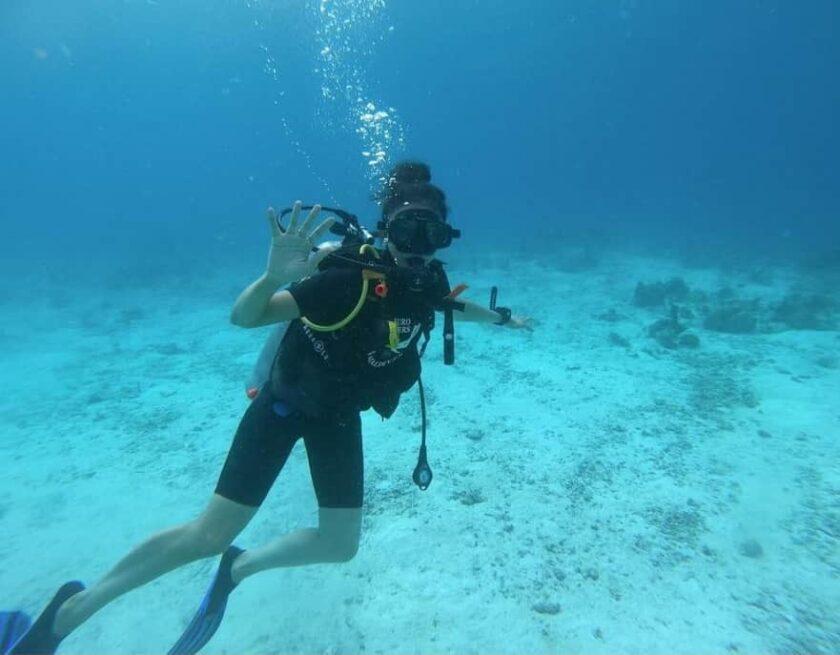 Rakul Preet is enjoying under water driving in Maldives