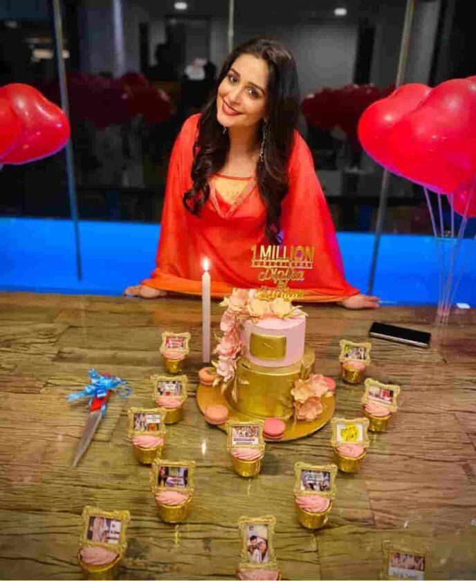 Deepika Kakkar Ibrahim has completed her 1 Million subscribers on Youtube
