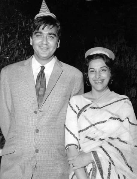 Nargis dutt changed her religion for marriage